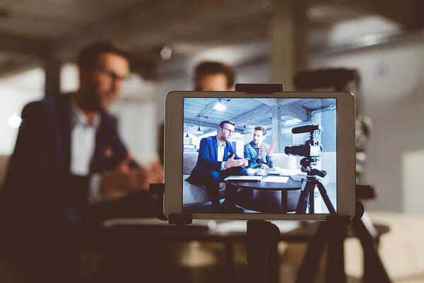 using personalized videos for a social media marketing trend